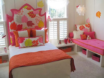 Orange and hot pink make for a fun-loving teen or tween girls bedroom.