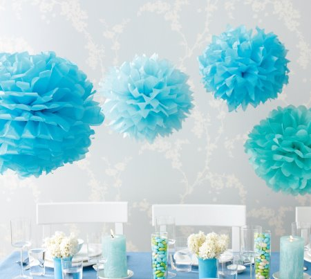 projBlueTissuePaperFlowerPomPoms0 {DIY} Party Pom Poms