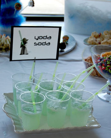 More Star War party ideas.
