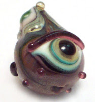 I Jill Glass Eye Bead