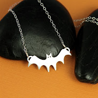 AN Original Jewelry Bat Necklace