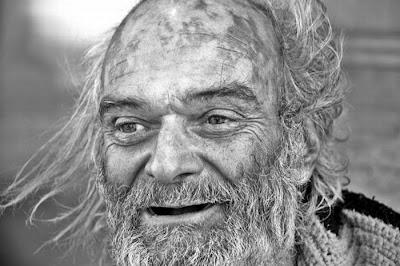 http://2.bp.blogspot.com/_L1y4XexY16s/TFkInJKi9WI/AAAAAAAAYZM/0JqTBIoPWuc/s400/homeless_in_america_46.jpg