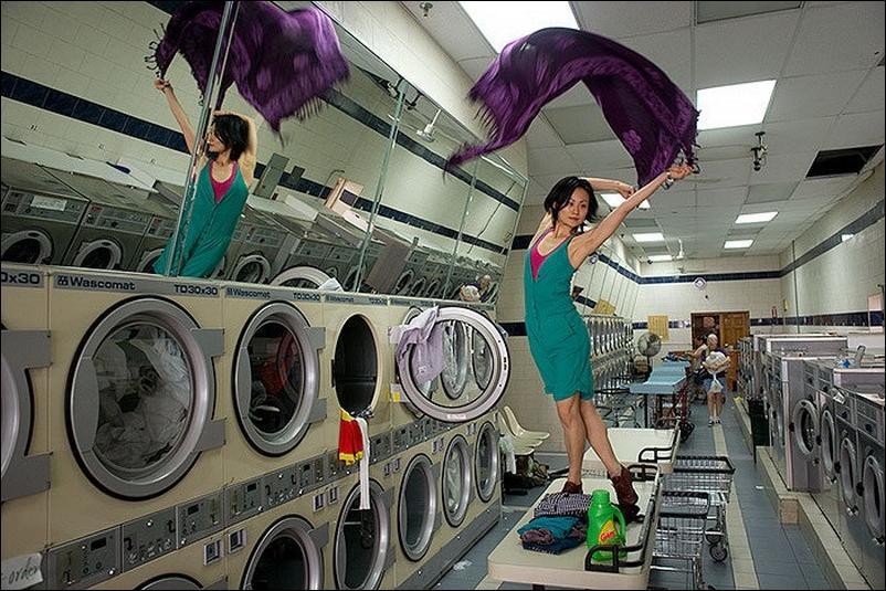 http://2.bp.blogspot.com/_L1y4XexY16s/TGgJW5tkFXI/AAAAAAAAZaA/v4mSirgyAHA/s1600/dancers-among-us-23.jpg