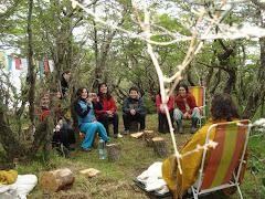 Bhagavad Gita, Krishna y gopis  en el bosque