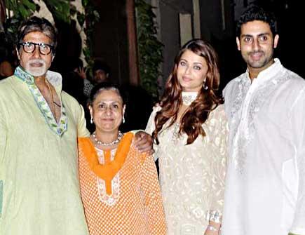 MOVIE DUNIYA Amitabh Bachchan Family Photos Aishwarya Rai Bachchan Profile Abhishek Bachchan