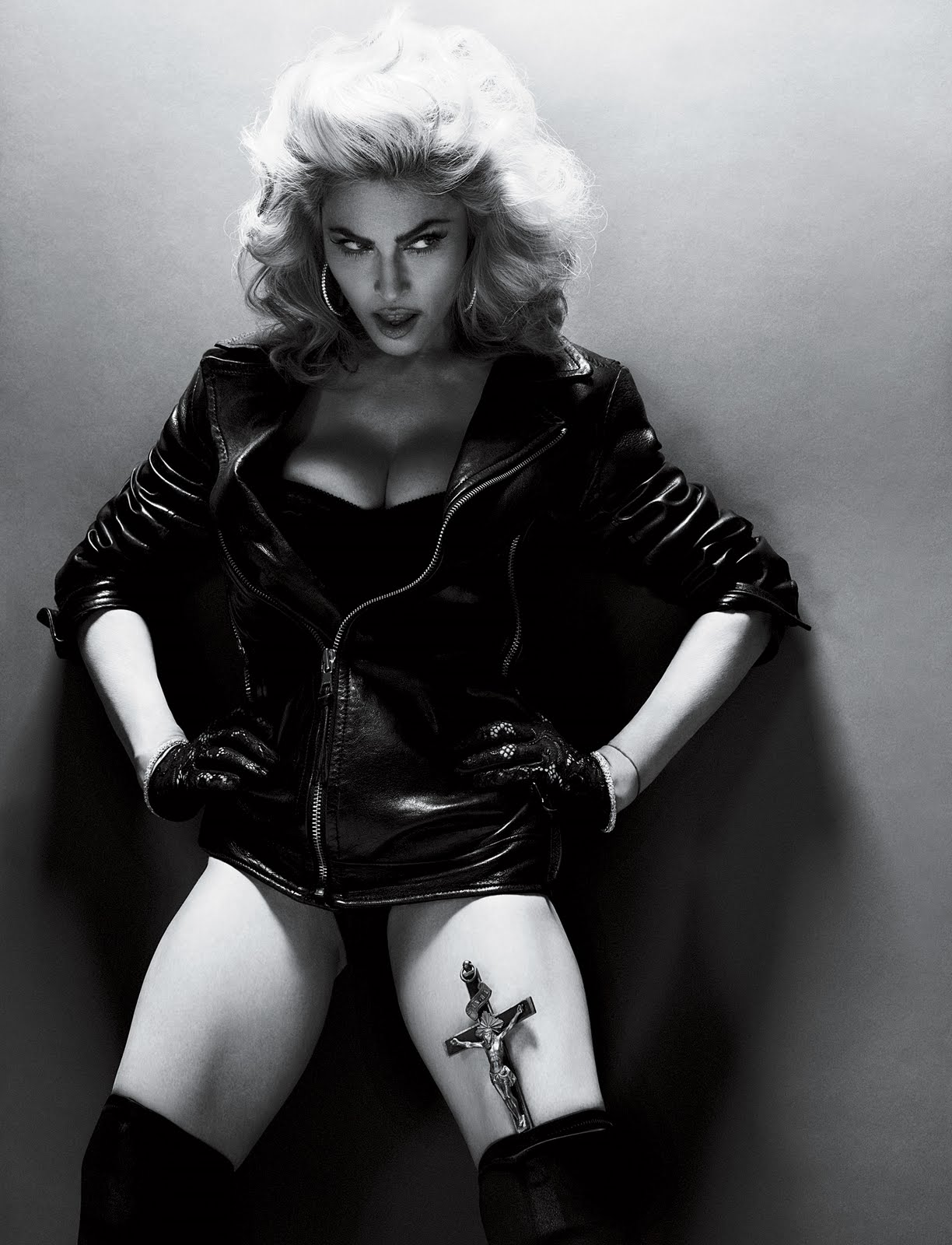 "ONLYMADONNA ""THE QUEEN OF POP"""