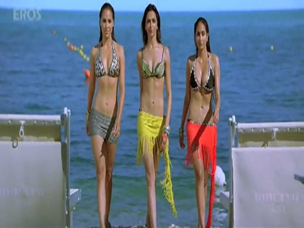 http://2.bp.blogspot.com/_L6rk7hlthDY/TDP7d3tNkzI/AAAAAAAAA1I/ibRkR3MQZ6M/s1600/Jiah+Khan+in+Bikini+in+the+movie+Housefull.jpg