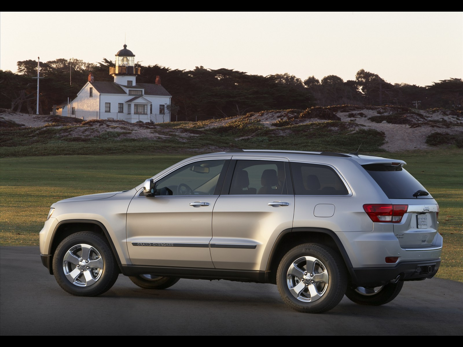 jeep grand cherokee 2011 car pictures wallpaper image photo free. Cars Review. Best American Auto & Cars Review