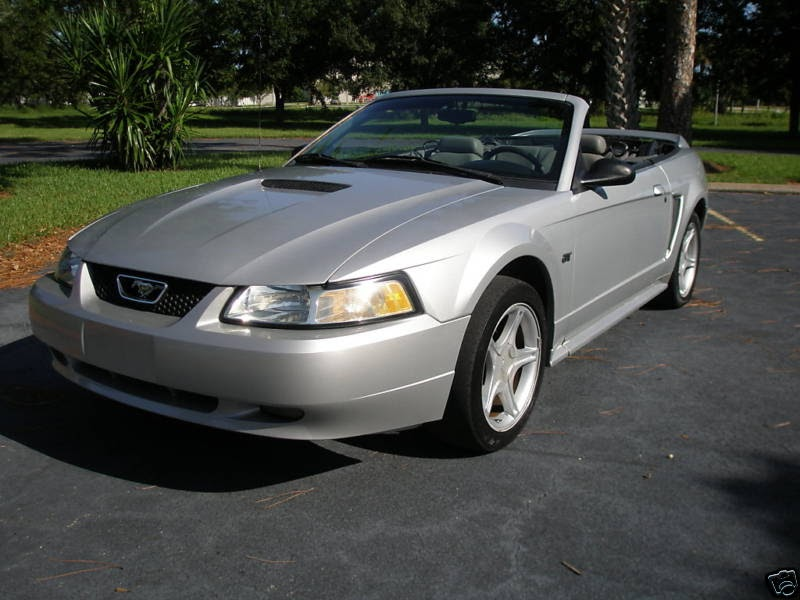 2000 ford mustang gt convertible ford mustang. Black Bedroom Furniture Sets. Home Design Ideas