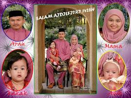 sebuah keluarga yg bahagia
