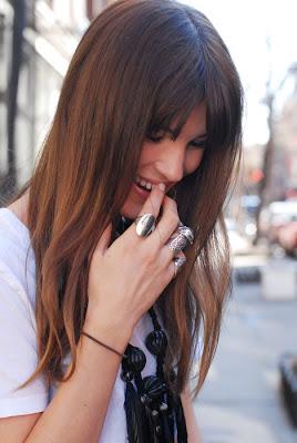 http://2.bp.blogspot.com/_L9JzD7_k8tQ/Sh6LAIrxT7I/AAAAAAAAAzQ/ZrFuEzog7hA/s400/aneis.jpg