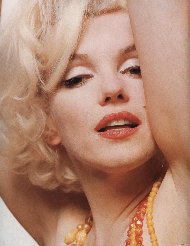 http://2.bp.blogspot.com/_L9MhAt1uGII/TNcFHmGv9LI/AAAAAAAAACo/Hpw3kb6Yk3Y/s1600/Marilyn_Monroe_20.jpg