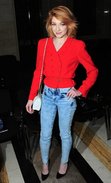 nicola roberts pale. Casual Chic