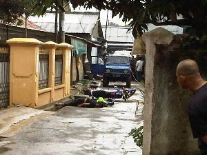 Foto mayat penembakan diduga teroris pamulang banten 9 maret 2010