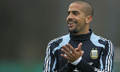Juan-Sebastian-Veron Old Player in world cup 2010 South Africa