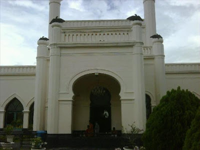 Pintu Masuk Istana Siak Sri Indrapura