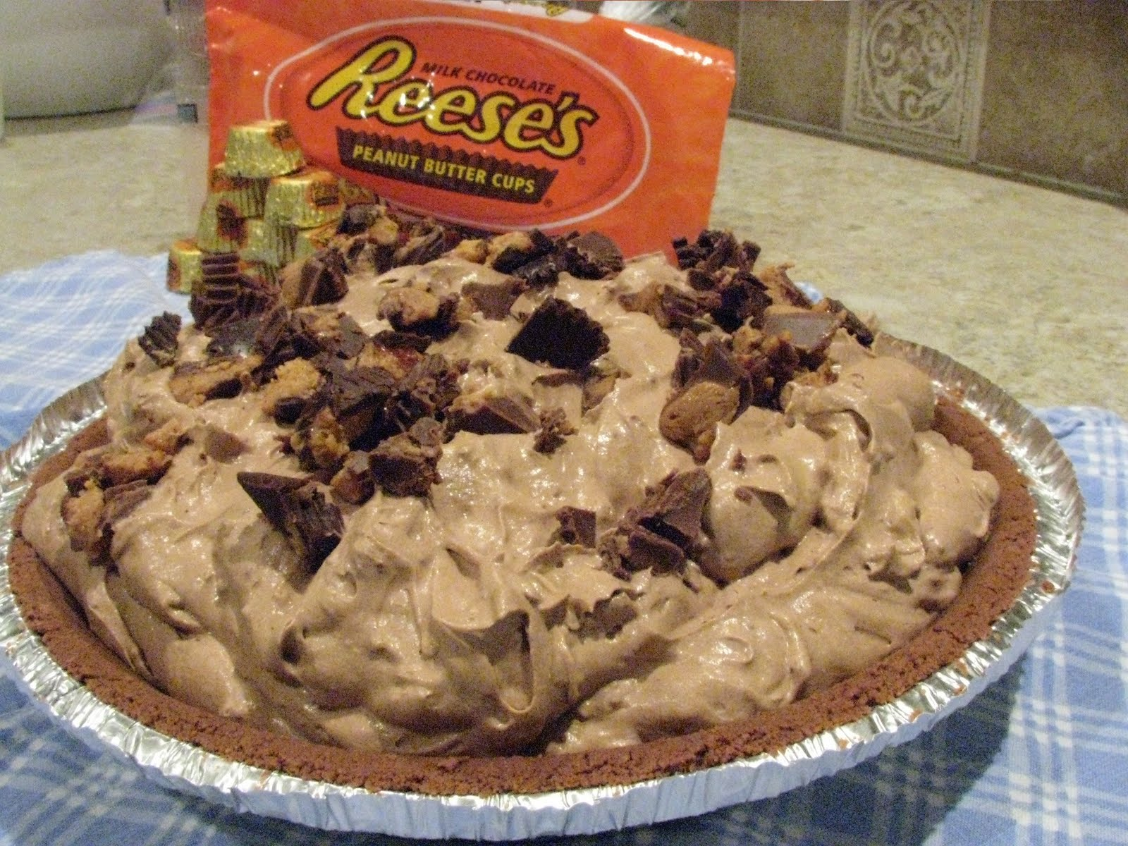 ... Miles North of Nowhere?: Reese's Peanut Butter Cup Freezer Pie