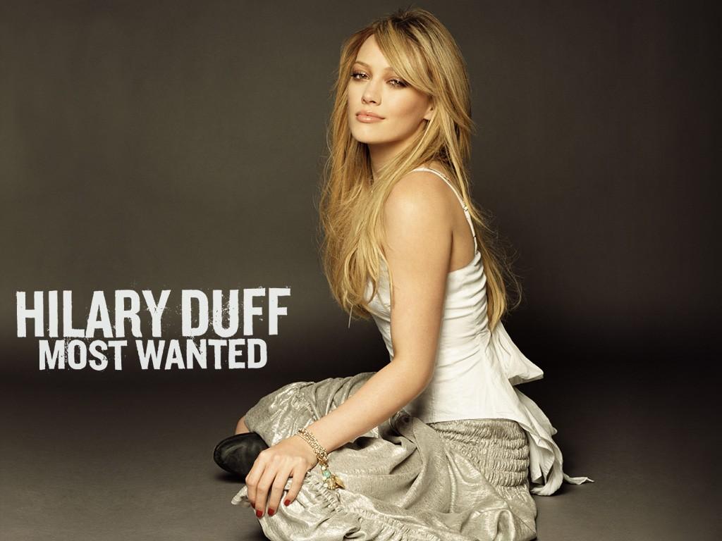 http://2.bp.blogspot.com/_LEKOsJwAnLE/TCNHjOyoM_I/AAAAAAAAA_Y/Evn_FgSGZmA/s1600/Hilary_Duff_-_Most_Wanted.jpg