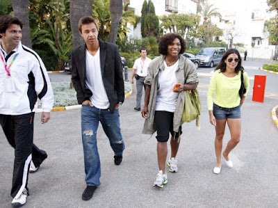 Black Tennis Pro's Serena Williams Shopping In Marbella