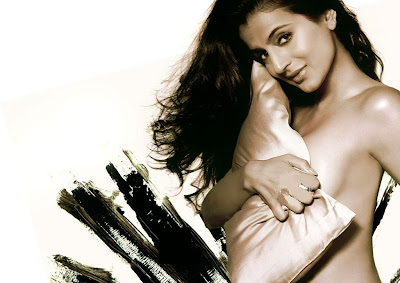 Amisha Patel launches Zaara