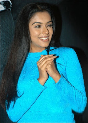 Asin Thottumkal Latest Pictures4