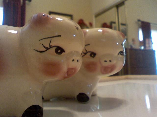 [piggy+banks]