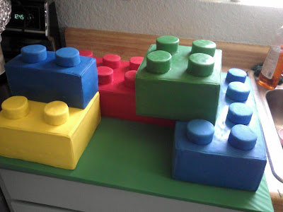 Lego Blocks Cake Design : Building a Lego Birthday - My Insanity