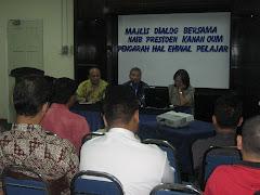 Majlis Dialog Bersama Naib Presiden Kanan OUM
