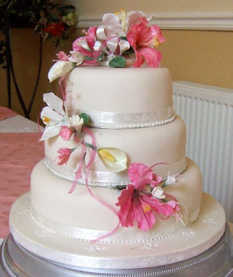 Cakes And Al Hibiscus Wedding Cake