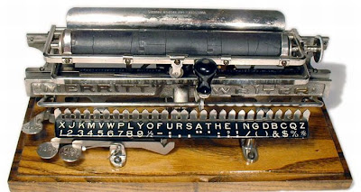 vintage typewriters 22 World's Oldest Typewriter Collection