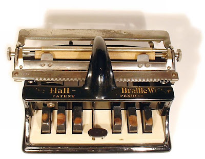 vintage typewriters 41 World's Oldest Typewriter Collection