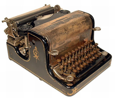 vintage typewriters 39 World's Oldest Typewriter Collection