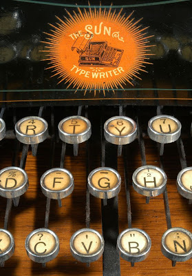vintage typewriters 28 World's Oldest Typewriter Collection