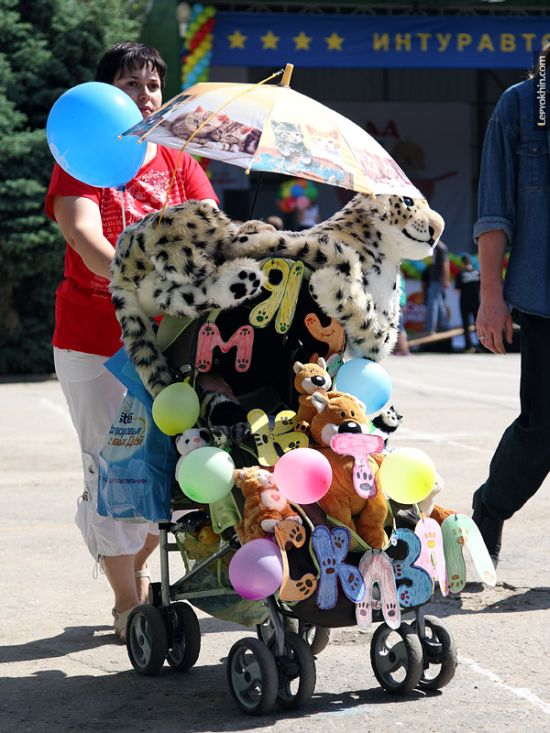 55 unusual baby carriages strollers Unusual-baby-carriages-13
