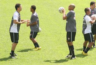 Foto: Anderson e Wallace no treino