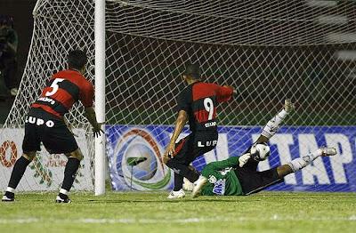 Foto: Washington - Fluminense 1 x 0 Vitória