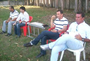 Ricardo Silva e comissão técnica