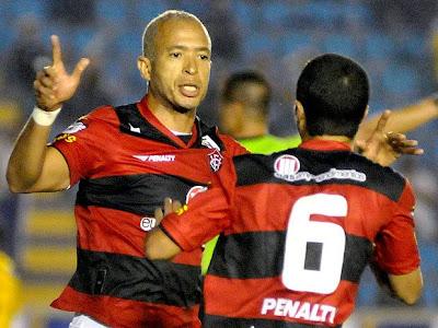 Júnior - EC Vitória