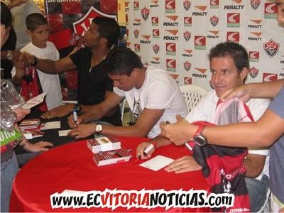 Viáfara, Vanderson e Ramon Menezes - EC Vitória