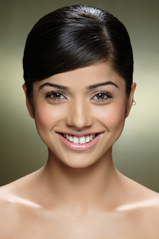 Actress Aparna Bajpai Photoshoot Pics Eesan Heroine Aparna Bajpai Photos unseen pics