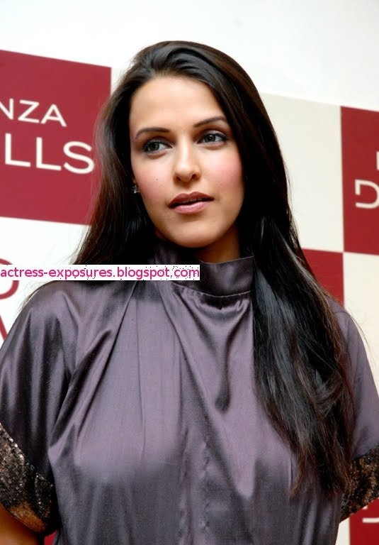 Categories bollywood actress
