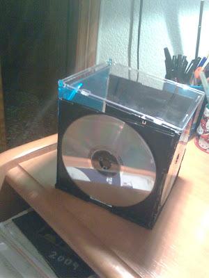 Imagina reutiliza crea caja para guardar cosas con cd - Para guardar cds ...