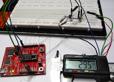 breadboard  connecting msp430 launchpad and digital caliper