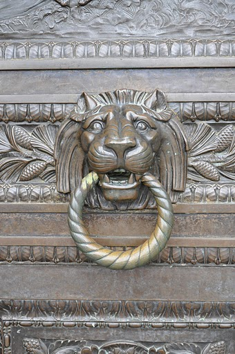 Charmant Lionu0027s Head Doorknockers