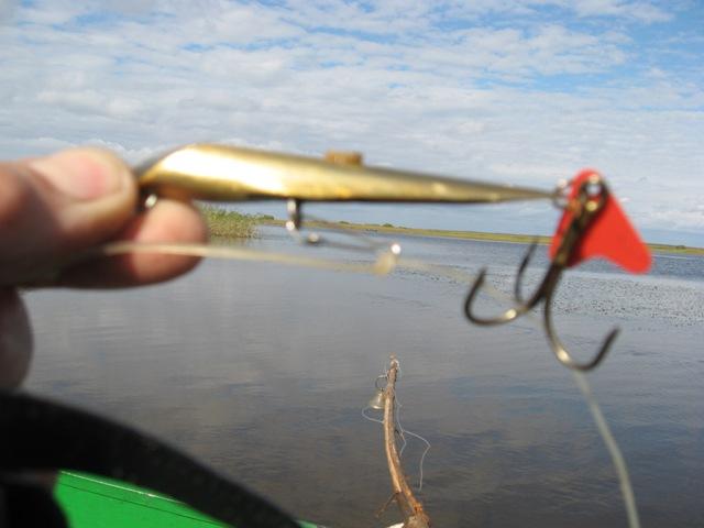 как ловить судака на кастмастер