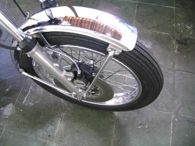 O pneu montado.