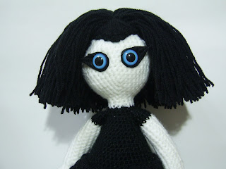 crochet craft art amigurumi handmade unique doll girl goth gothic black white blue hair eyes dark kookoo kookoocraft
