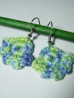 art craft crochet earrings jewellery jewelry blue green uhani ročno delo kookoocraft kookoo flower floral unique roža