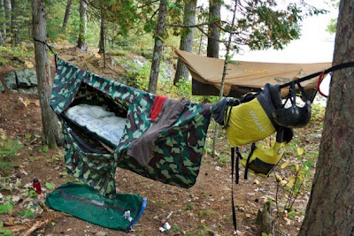 that bit me and infected me with the hammock craze  the camo one is the early model that i used   behind it is one of the newer eureka chrysalis models  exploriment  hammock  u2013 eureka chrysalis  rh   exploriment blogspot