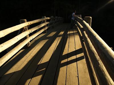 S on bridge